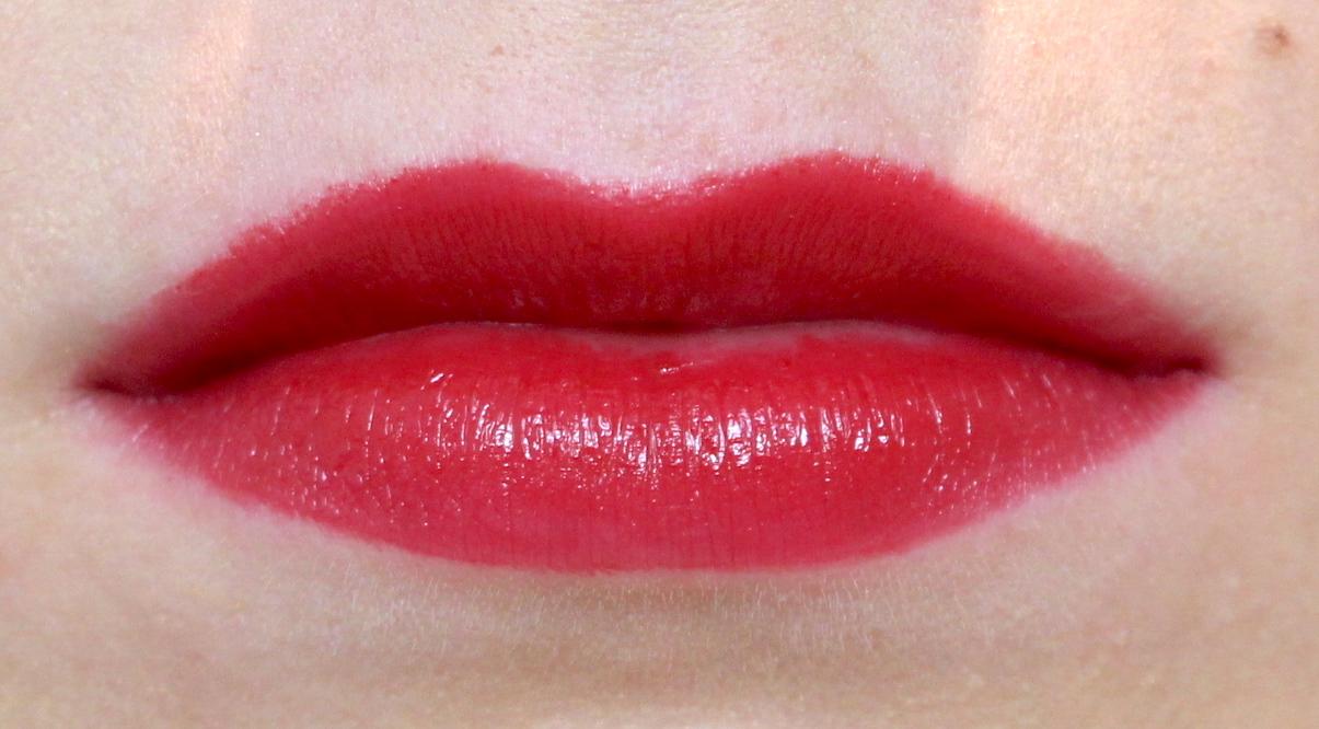 La Bouche Rouge Satin Lipstick Burgundy