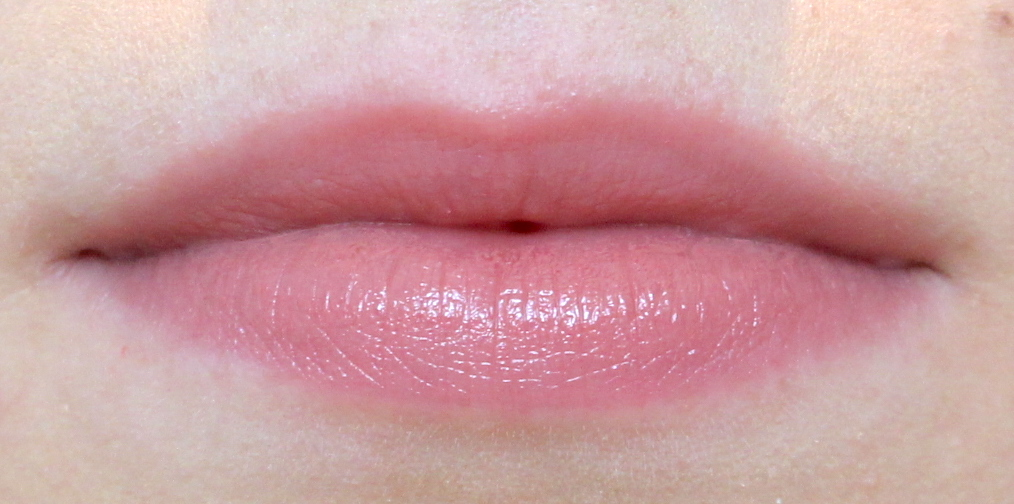 La Bouche Rouge Satin Lipstick Knightsbridge Nude