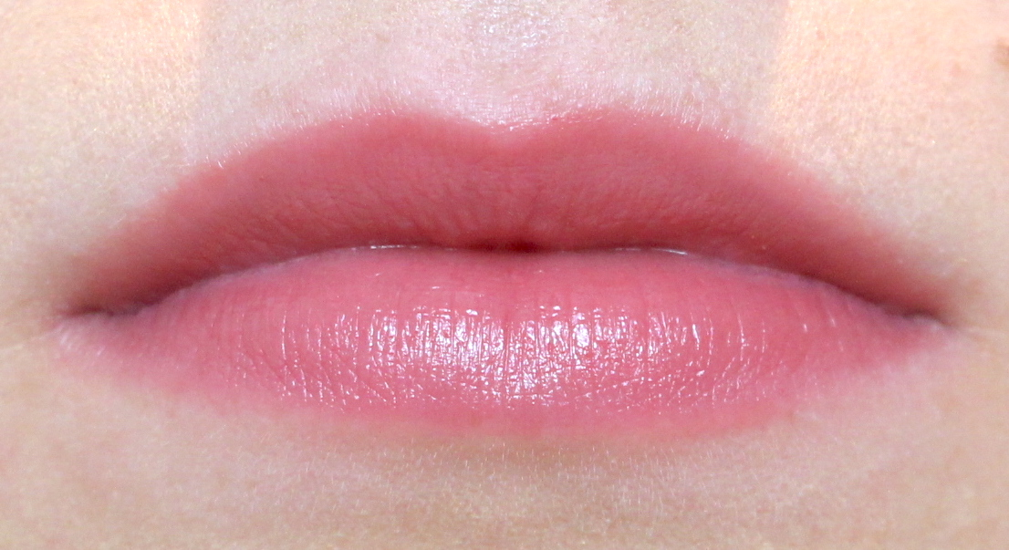 La Bouche Rouge Satin Lipstick Nude Pink