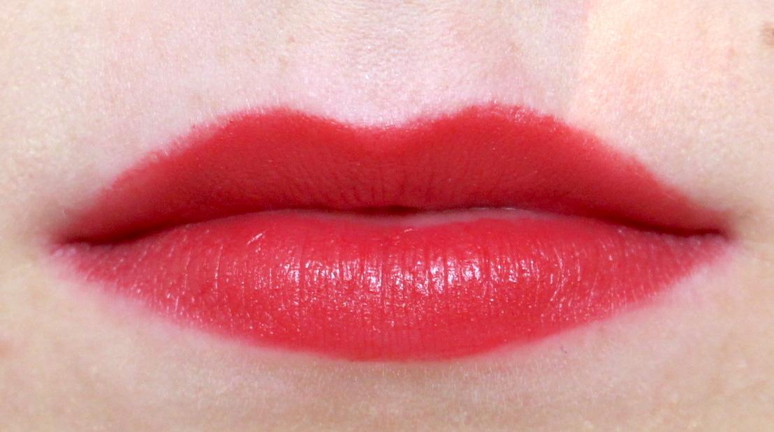 La Bouche Rouge Matte Lipstick Passionate Red