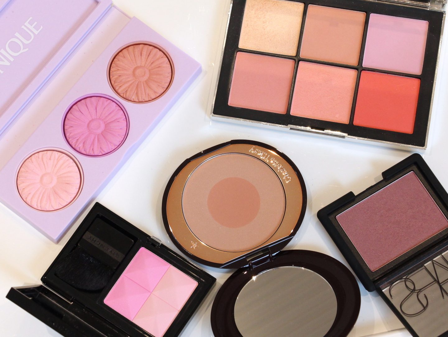 Blush Favourites: Nars Wanted I Cheek Palette, Nars Sin Blush, Givenchy Prisme Blush 02 Love, Charlotte Tilbury Cheek to Chic Swish and Pop Blusher First Love, Clinique Cheek Pop Palette: Cool Down, Shades: Ballerina Pop, Pansy Pop, Heather Pop