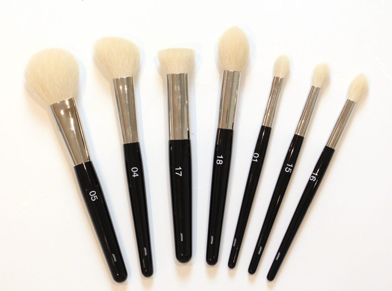 Rephr Brushes: 05, 04, 17, 18, 01, 15, 16