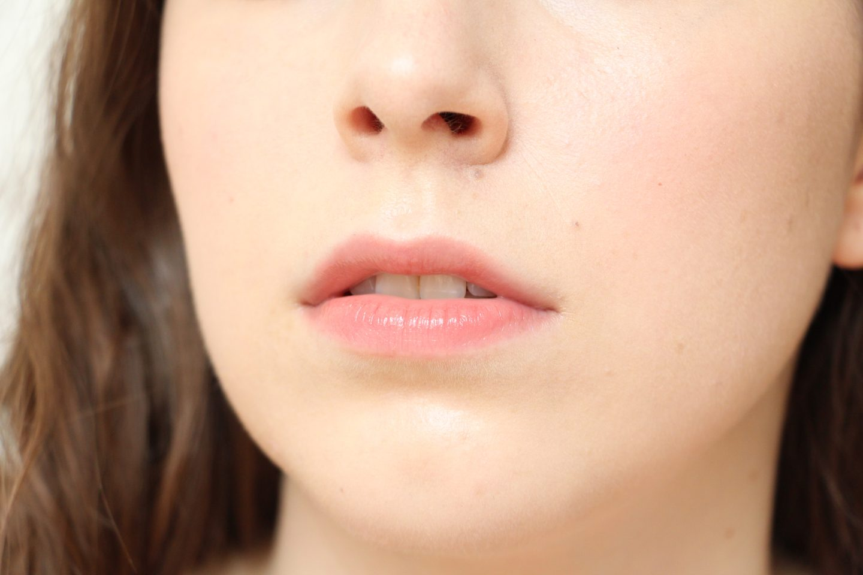 Lancome L'absolu Lacquer: 202 - Nuit & Jour lip swatch